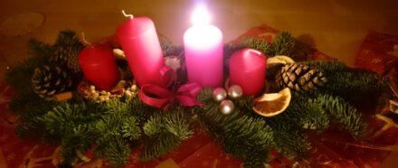Gewinnerbekanntgabe und unser 1. Adventswochenende zu 4