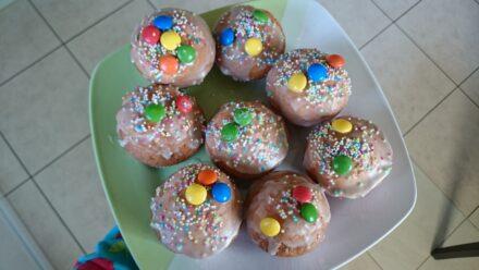 Bunt, fröhlich und lecker – Kinderleichte Muffins für das Faschingsfest