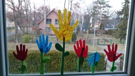 Frühlingsbastelei: Handtulpen