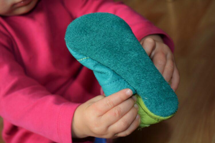 Kinderschuhe Schuhe Pololo Save the Bees Biene Bienen Susi Lederpuschen Krabbelschuhe Hausschuhe
