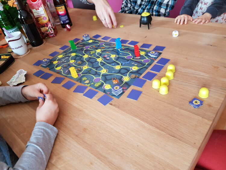Spinnengift und Krötenschleim Gesellschaftsspiel Spiel Kinder Kinderspiel Kosmos