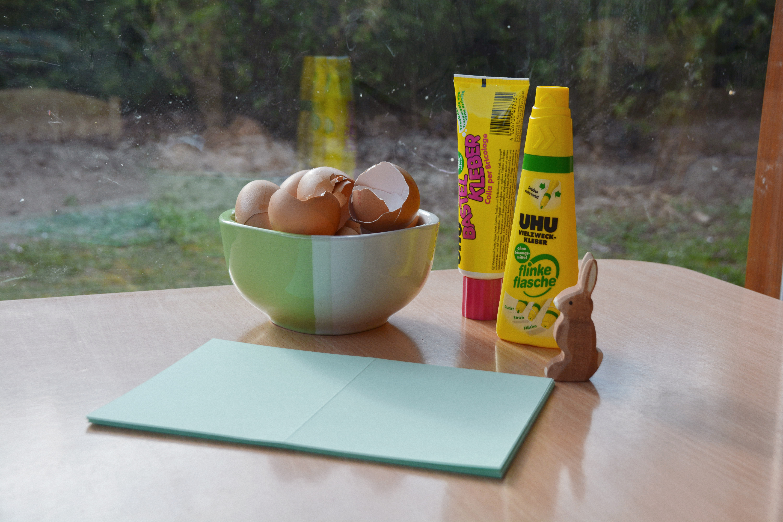 Fr Hlingsdeko Basteln basteln mit eierschalen osterkerzen basteln mit eierschalen frantasiaaa bastelblog osterdeko