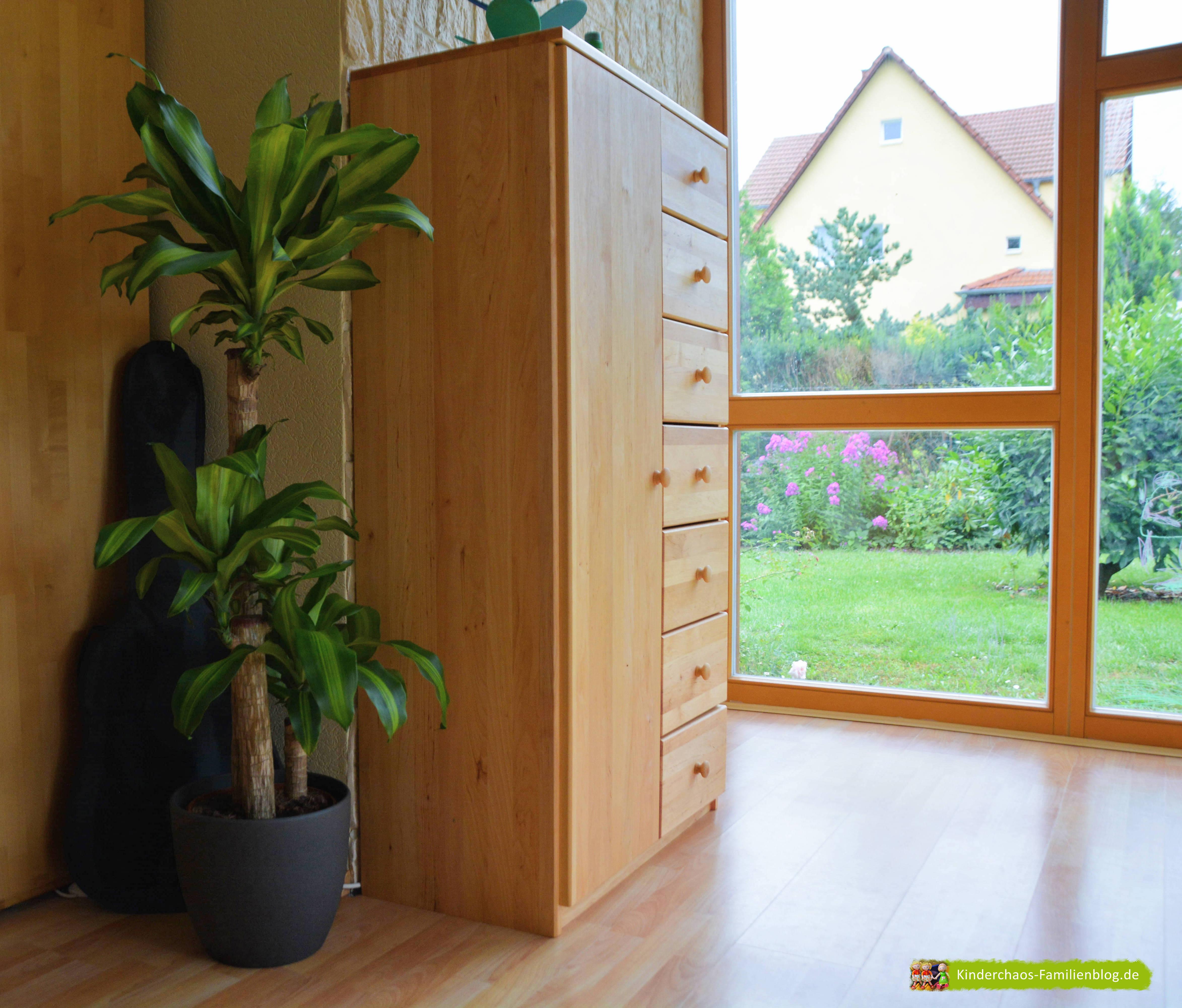unser kommodenschrank mehr ordnung beim basteln mit biokinder. Black Bedroom Furniture Sets. Home Design Ideas