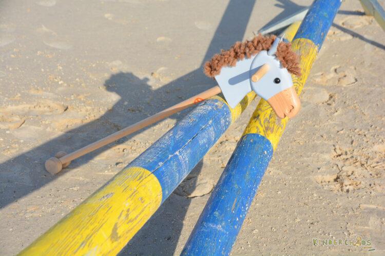 Steckenpferd Steckenpferde Steckenesel Helga Kreft Holzspielzeug Reiterhof Pferdestall Pferde