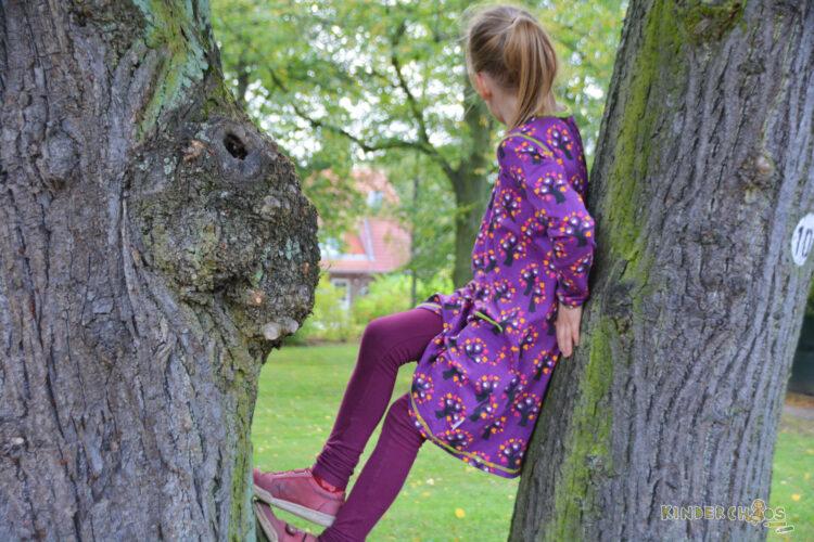Maxomorra Herbst Squirrel Eichhörnchen Hase Rabbit Äpfel Apple Jeans Tree Bäume
