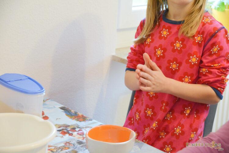Maxomorra Winterkollektion Winter backen Anemone Blume Kinderkleidung Kindermode