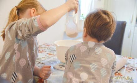 Die Maxomorra Winterkollektion: Leonie und Ella backen mit Maxomorra! + Gewinnspiel