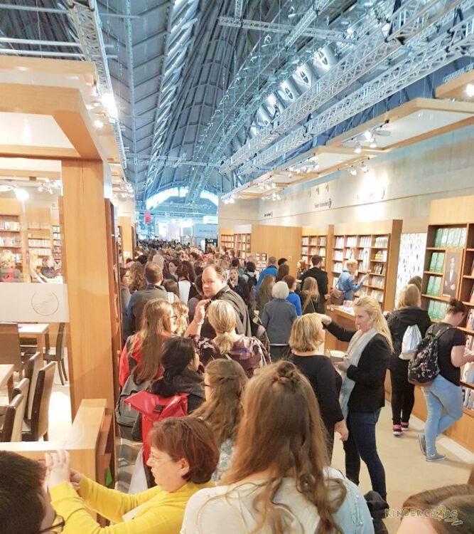 Frankfurter Buchmesse Bücher Autogrammstunde