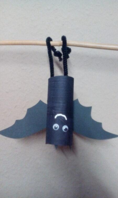 Basteln mit Klopapierrollen Toilettenpapierrollen Küchenpapierrollen Tiere Fledermaus