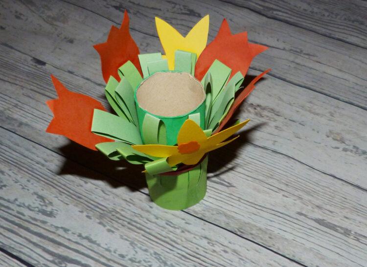 Basteln mit Klopapierrollen Toilettenpapierrollen Küchenpapierrollen Frühling Blume