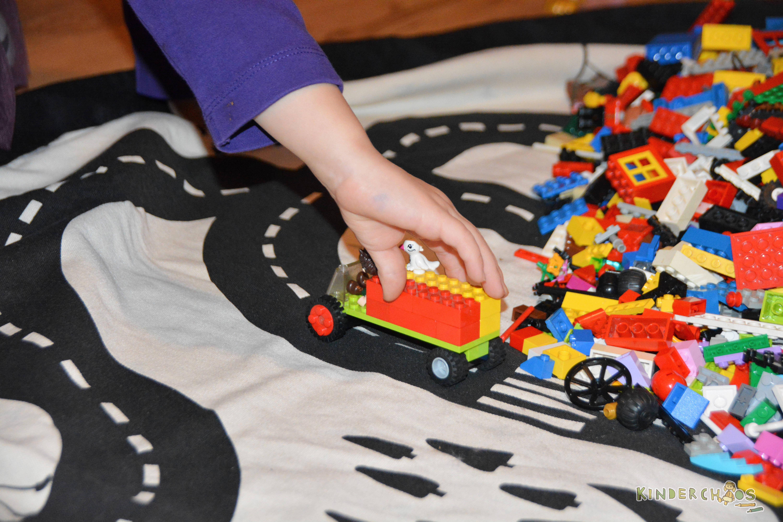 play go mehr ordnung im kinderzimmer und ganz viel lego spielspa. Black Bedroom Furniture Sets. Home Design Ideas