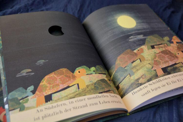 Mond Eine Reise durch die Nacht Britta Teckentrup Kinderbuch Bilderbuch