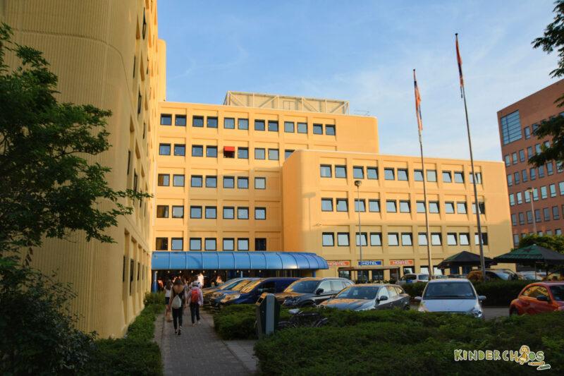AO Hostel Hotel Amsterdam Familyday