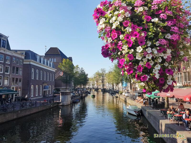 Amsterdam Grachten Familienurlaub