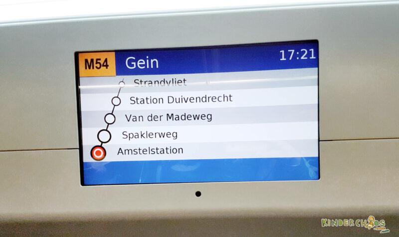 Bahn Fahren in Amsterdam