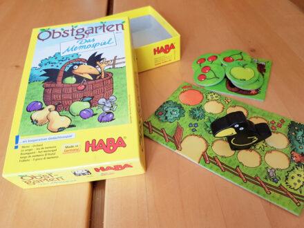 Obstgarten – Das Memospiel von Haba: Finde die richtige Frucht noch vor dem Raben!