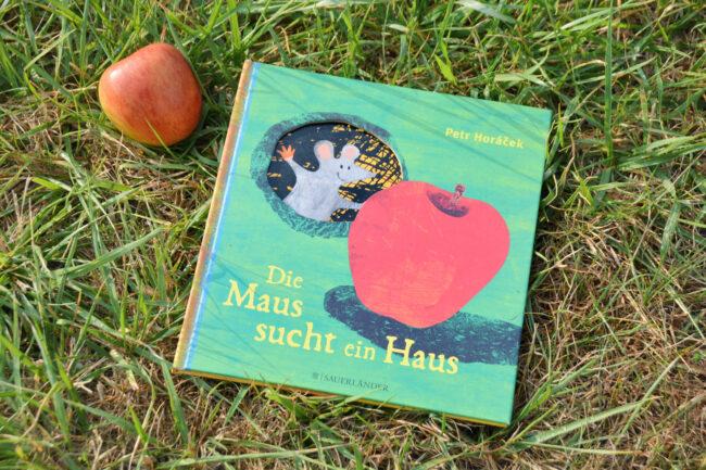 Die Maus sucht ein Haus Ist hier noch Platz für meinen Apfel