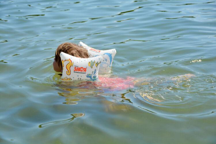 Schwimmen lernen mit Schlori