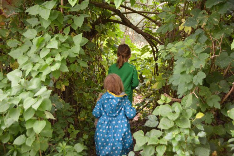 Geocaching mit Kindern im Wald