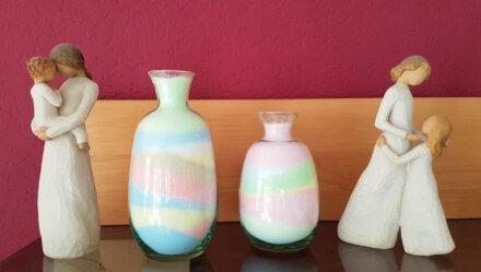 Experimentieren mit Oma: Wunderschöne, bunte Deko aus Salz und Kreide