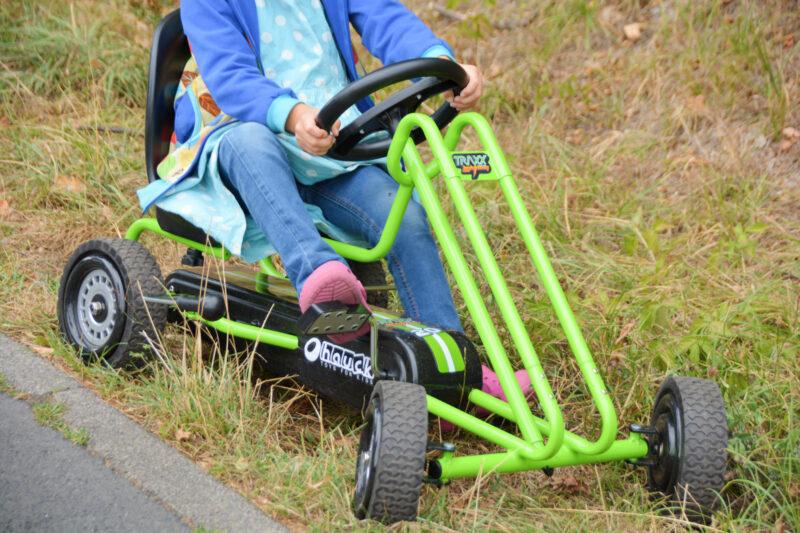 Go-Kart-Wettrennen zwischen Schwestern: Hauck Toys Lightning gegen Thunder II