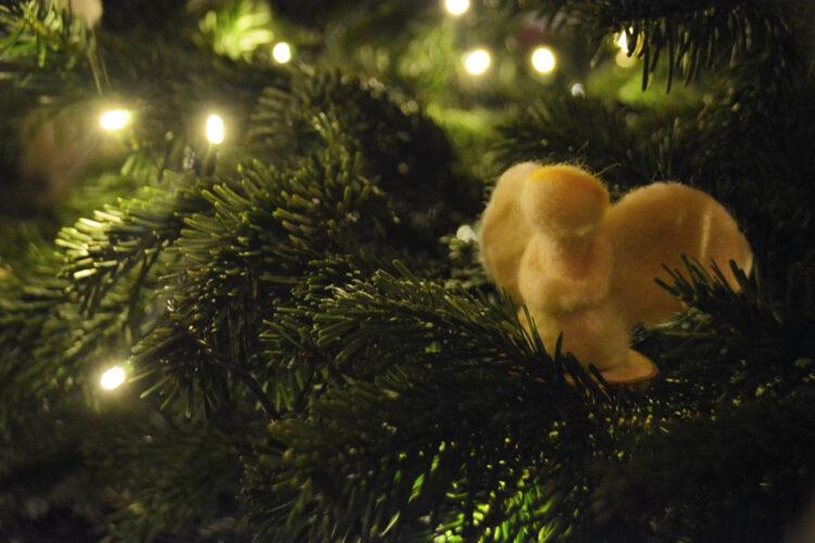 Engel im Weihnachtsbaum