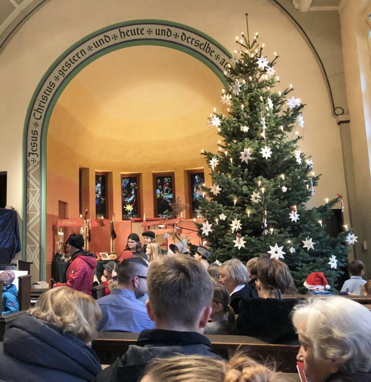 Weihnachtsfest in der Kirche