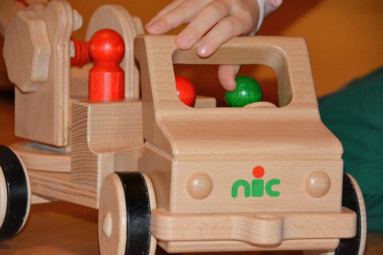 Nachhaltiges Holzspielzeug von Nic