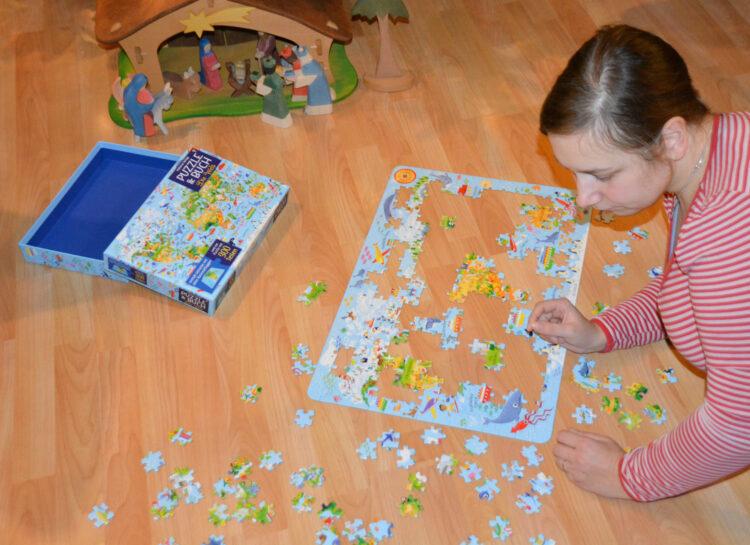 Puzzle & Buch Weltkarte puzzeln
