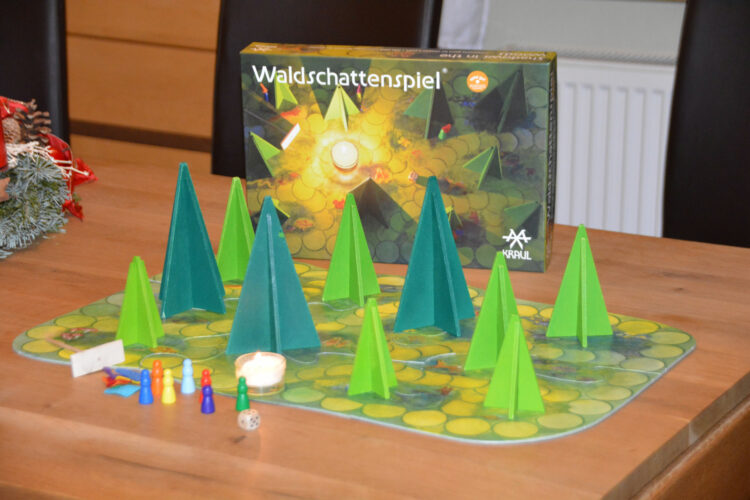 Waldschattenspiel Waldkinderdinge