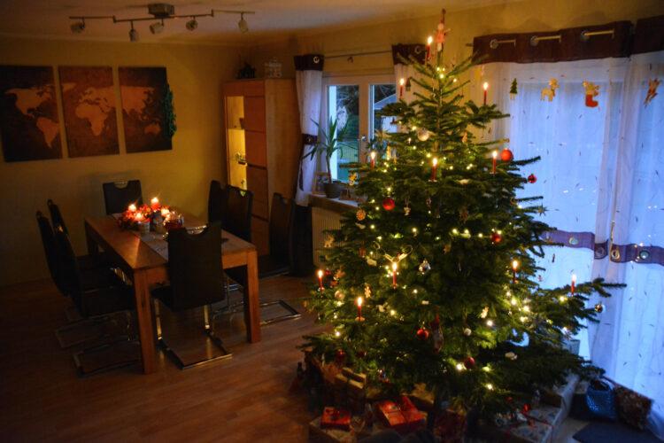 Wohnzimmer zum Weihnachtsfest