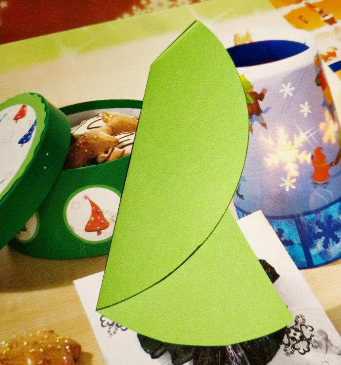 Tannenbaum-Weihnachtskarten basteln