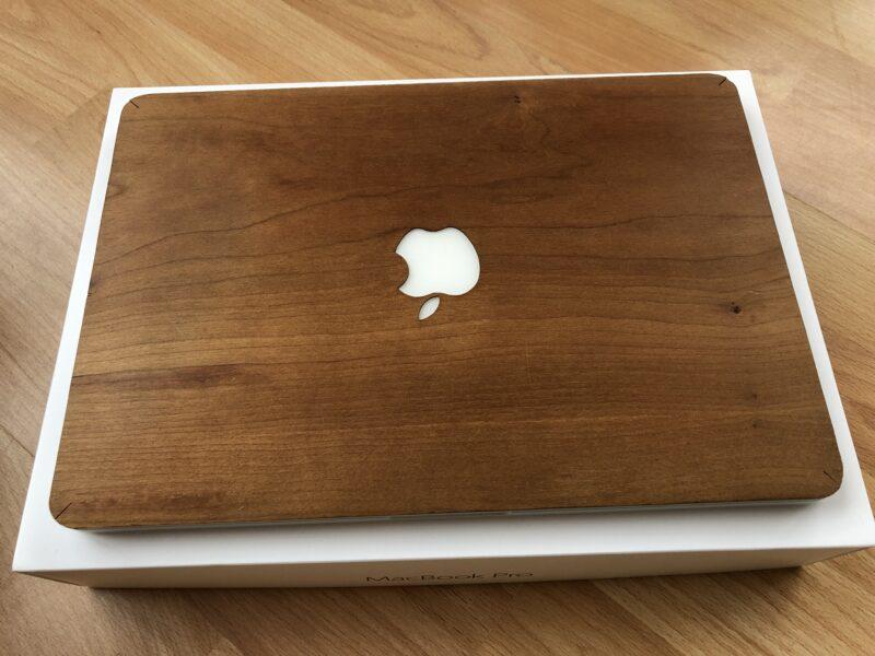 Der Tee neben meinem Macbook – eine folgenschwere Sekunde