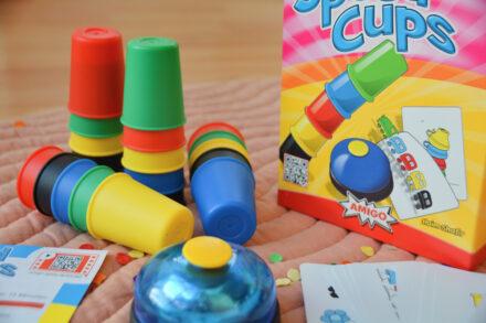 Speed Cups – Dieses Farbenspiel erfordert Schnelligkeit!