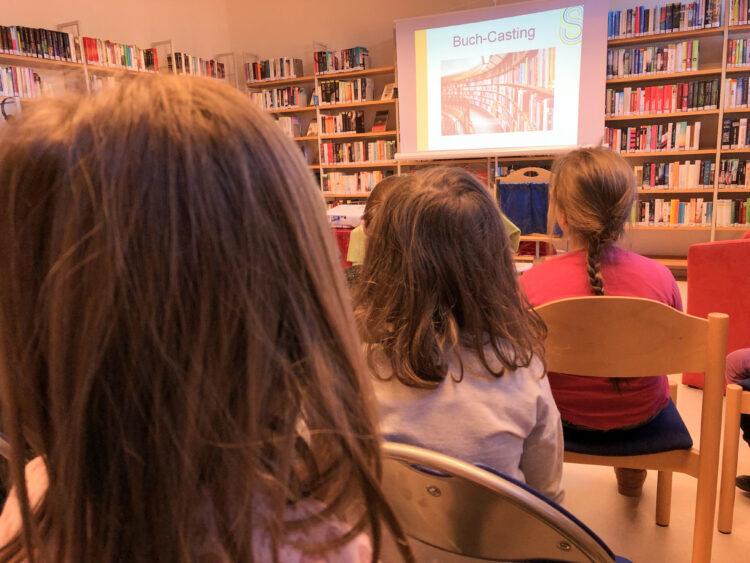 Kinderbuch-Casting in der Stadtteilbibliothek Kladow