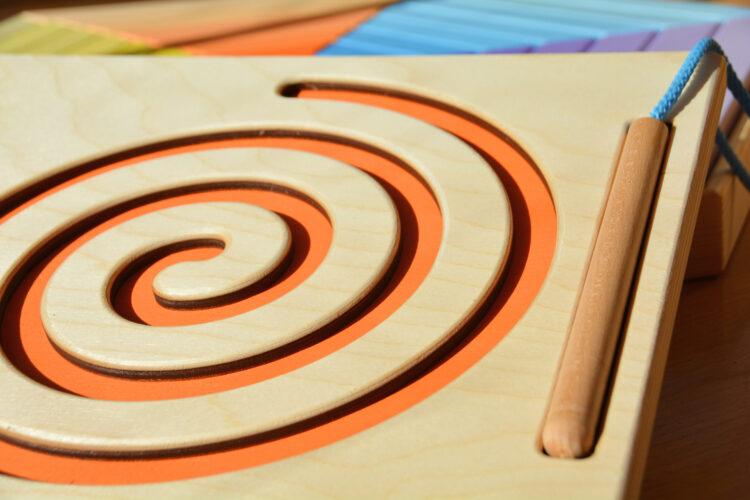 Spielspecht Holzspielzeug Schneckenlabyrinth