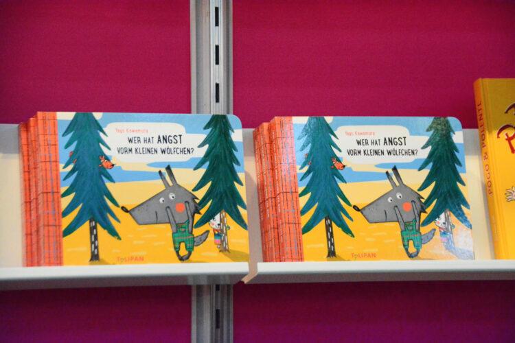 Kinderbuch mit Wolf