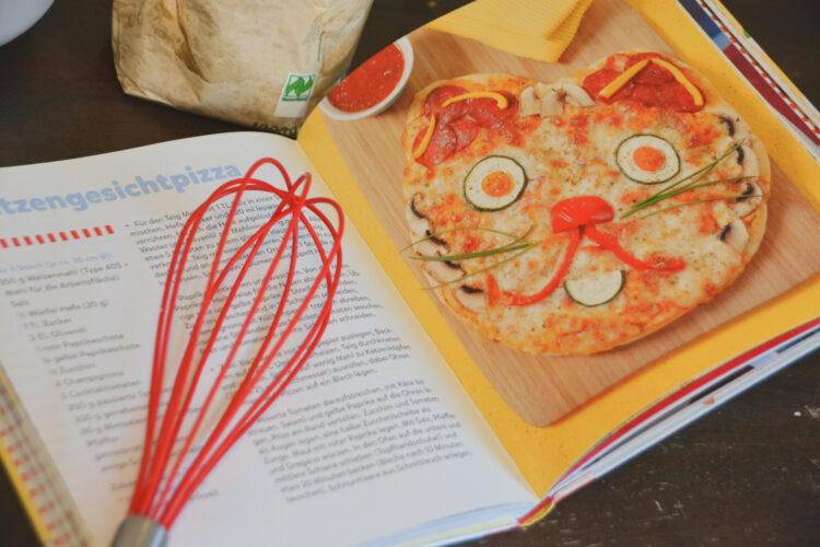 Conni Kochbuch Katzengesichtpizza