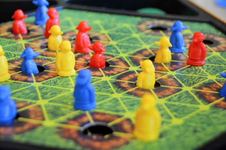 Maulwurf Company Spielfeld