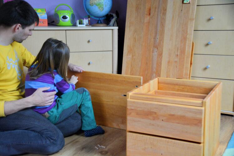Aufbau Kinderschreibtisch BioKinder