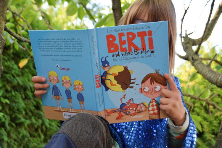 Ella liest Berti und seine Brüder