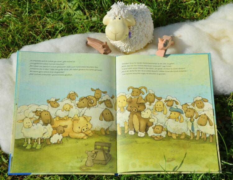 Gruppenfoto Krümel, Fussel und die Schafe