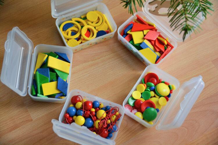Fröbel Spielgabe für Kinder