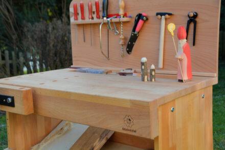Die Nic Werkbank – Werken mit Kindern: Wir bauen uns ein Floß und kleine Häuser aus Holz + Gewinnspiel
