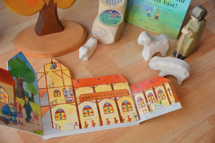 Taufe: Kinderbuch Kirche
