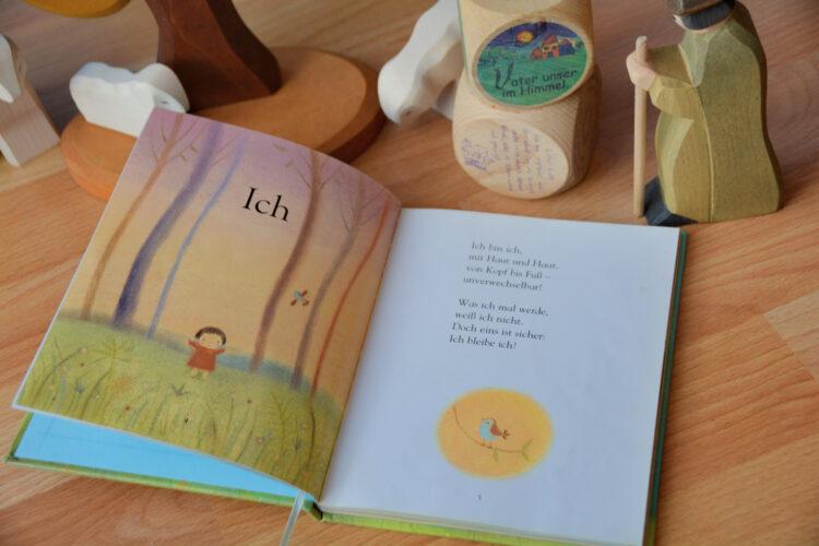 Geschenkbuch zur Taufe