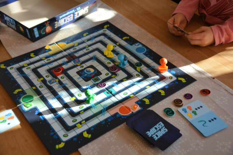 Space Escape Brettspiel Familie