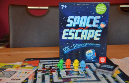 Space Escape: SOS – Schlangenalarm! Rettet euch, ihr Nacktmulle! + Gewinnspiel