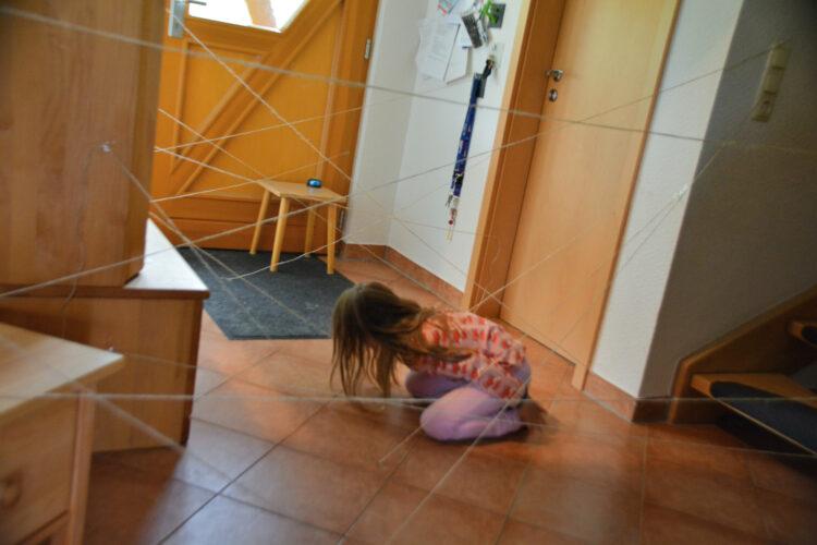 Spione Kindergeburtstag Spiele