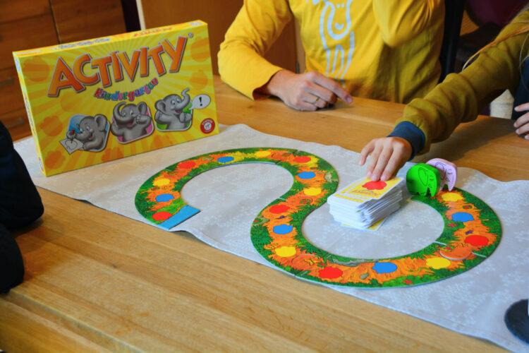 Activity Kindergarten Brettspiel